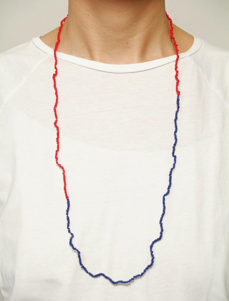 Knotenkette rot und blau